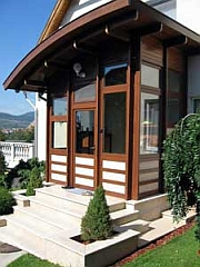 Elegancia és gyönyörű letisztultság egyetlen fa ablakban!