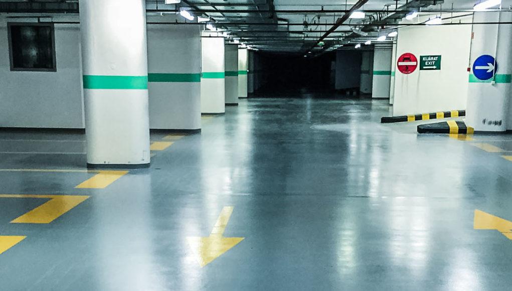 Műgyanta padlóburkolatok gyárak, raktárak, mélygarázsok részére