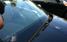 Sérült autóüveg?