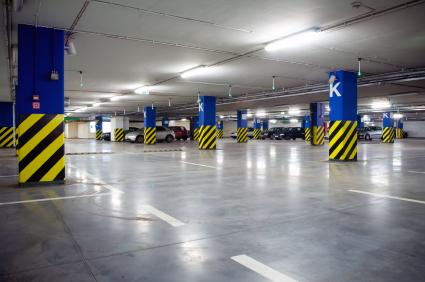 Parkolóházakba csak műgyanta padlót!