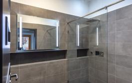 Üvegkorlát készítés, egyedi zuhanykabin gyártás? Hívjon minket!