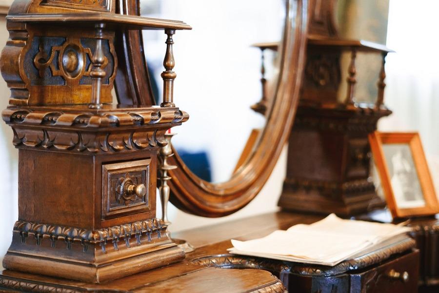 Régiségek, törtarany és antik bútorok felvásárlása