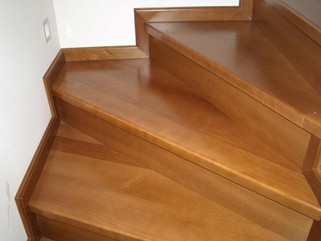 Beltéri lépcső készítés? Bízza ránk!