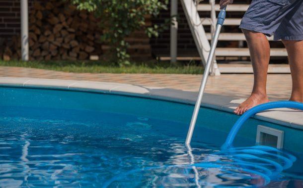 A medence karbantartást bízza szakértőkre!